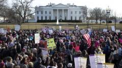 Втори ден на глобален марш срещу Тръмп и за правата на жените