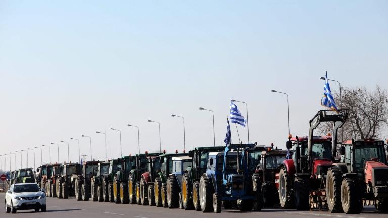 Фермери в Гърция се готвят да блокират граничен пункт