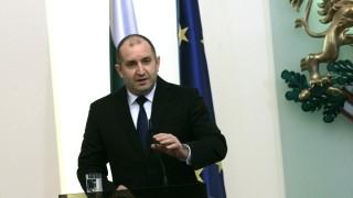 Румен Радев: Парламентарната република атрофира