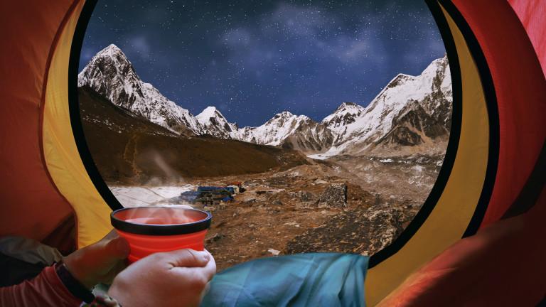 Колко пари струва изкачването на Еверест