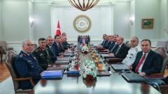 Турция смени командирите на въоръжените сили