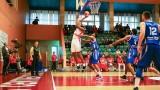 Фаворитите взеха своето в първия кръг на баскетболния шампионат