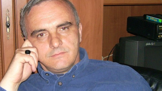 Пловдивският учител Ангел Грънчаров обяви гладна стачка