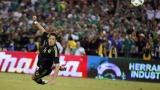 Хавиер Ернандес-Чичарито стана голмайстор №1 на Мексико