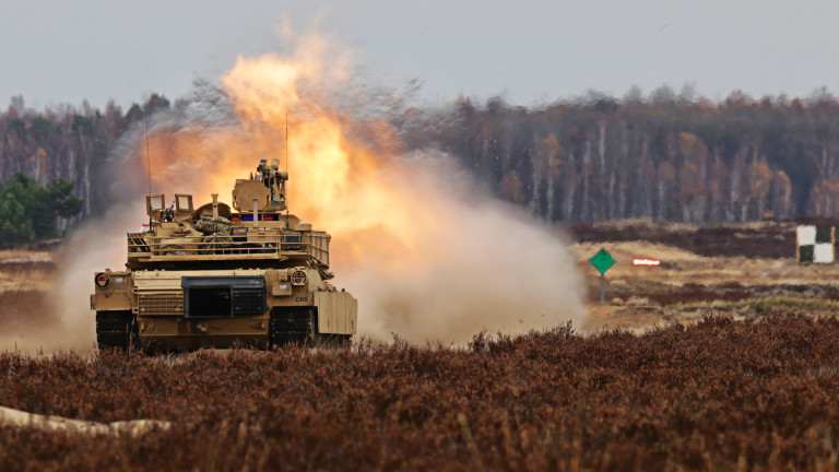 Полша ще разположи наизточната си граница закупените от САЩ танкове