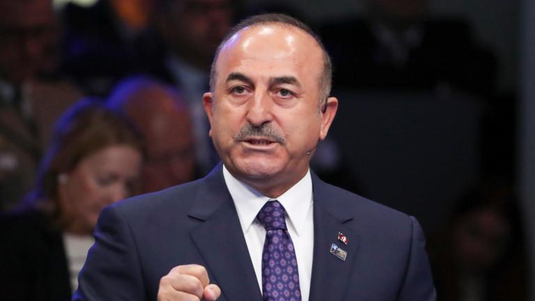 Турция отхвърля обвиненията на Сирия за споразумението за Идлиб