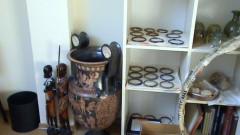 Близо 6000 достигна броя на иззетите антики от офисите на Божков