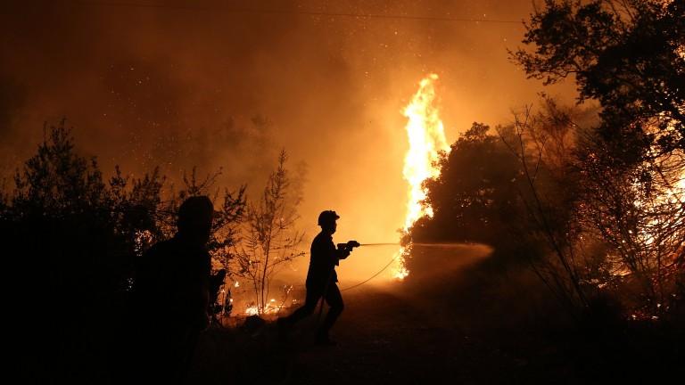 Горски пожар на гръцкия остров Евия