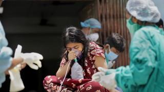 """СЗО вижда """"перфектна буря"""" от фактори за COVID кризата в Индия"""