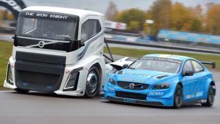 Кой е по-бърз: Volvo S60 или камион Iron Knight? (ВИДЕО)