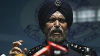 В Малайзия откриха 28 милиона долара в брой, свързват ги с бившия премиер