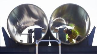 """Швейцария конфискува активите на компанията, строяща """"Северен поток-2"""""""