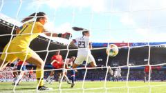 САЩ и Швеция се класираха за осминфинал на дамския Мондиал