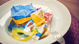 Колко пластмаса изяжда годишно един американец