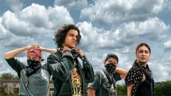 Тайка Уайтити и банда крадливи тийнейджъри