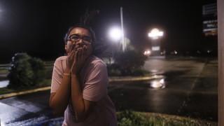 "Ураганът ""Делта"" удари американския бряг"