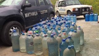 Над 1300 литра нелегален алкохол откриха митничари от Лом