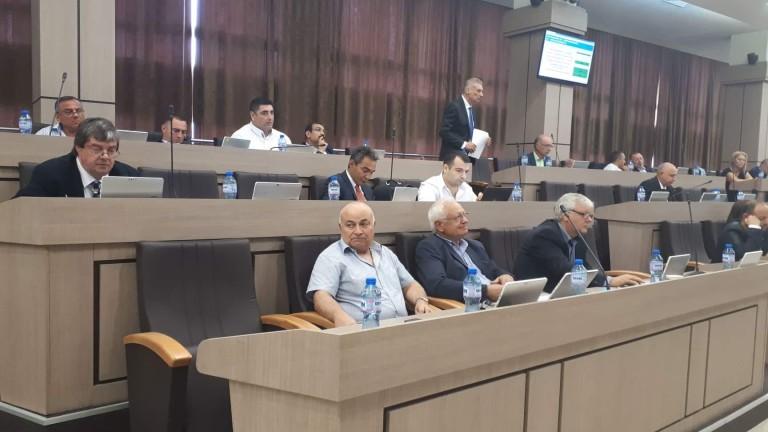 След гласуване на общинския съвет в Бургас Бенчо Бенчев вече