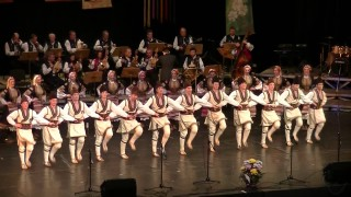 """""""Нощ на ансамблите"""" събира трите най-големи български фолклорни състава"""