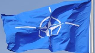 НАТО е в криза