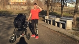 Златка топи кила с бебето