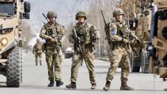 Премиерът на Афганистан оцеля при нападение в Кабул