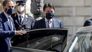 Сега не е времето за забавления и нощен живот, призова премиерът на Италия