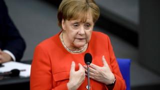 """Срещата за бежанците - операция """"спасяването на Меркел"""""""