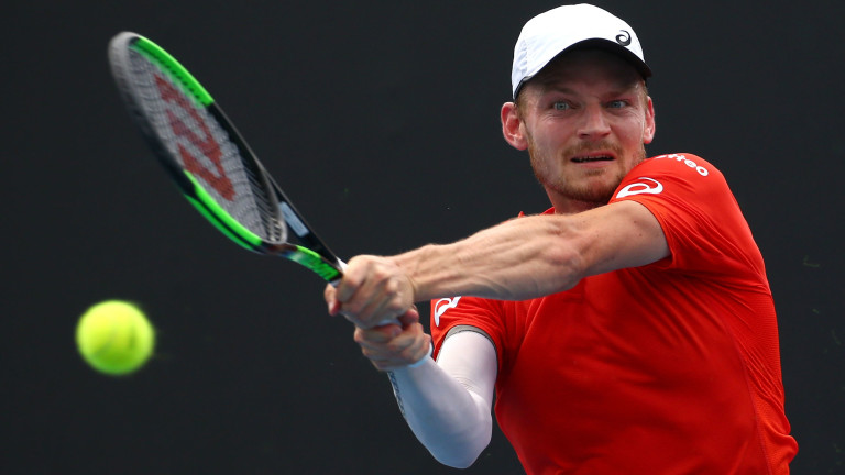 Денис Шаповалов победи японецът Таро Даниел с 6-3, 7-6(2),, 6-3