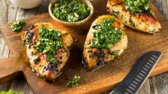 Крехки пилешки гърди с този лесен трик