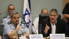 Полицията погна и приближени на Нетаняху за корупция