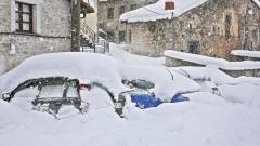 Чехия засегната от силен снеговалеж, хиляди останаха без ток
