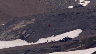 Повече от 20 души загинаха при две самолетни катастрофи в Швейцария
