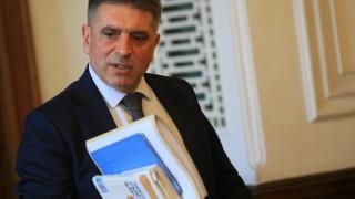Данаил Кирилов отказва да коментира трябва ли да се оттегли Лозан Панов
