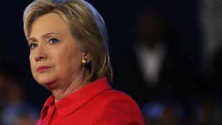 Проблем със самолета на Хилари Клинтън