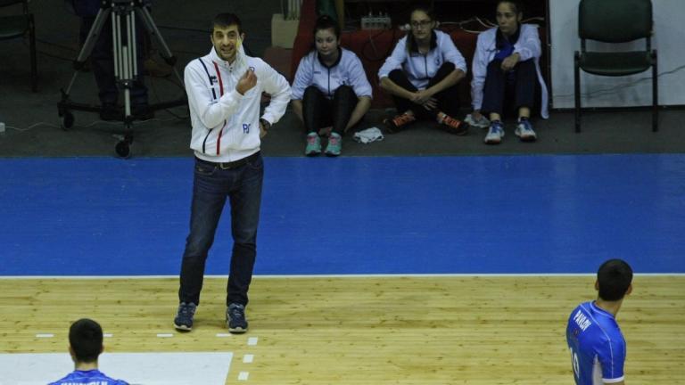 Петър Шопов поема волейболния Добруджа