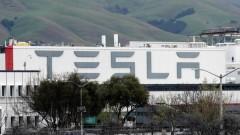 """Фокс"": Пожар избухна в завода на ""Тесла"" в Калифорния"
