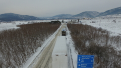 Снегът блокира автобус с 40 румънски туристи в Хаинбоаз