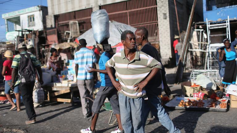 Най-малко 11 загинали при силно земетресение в Хаити
