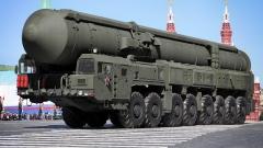 """Русия проведе учебно-боево изстрелване на междуконтинентална ракета """"Топол-М"""""""
