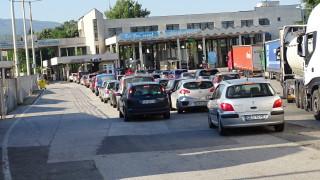 Гърция удължи COVID ограниченията за влизане в страната