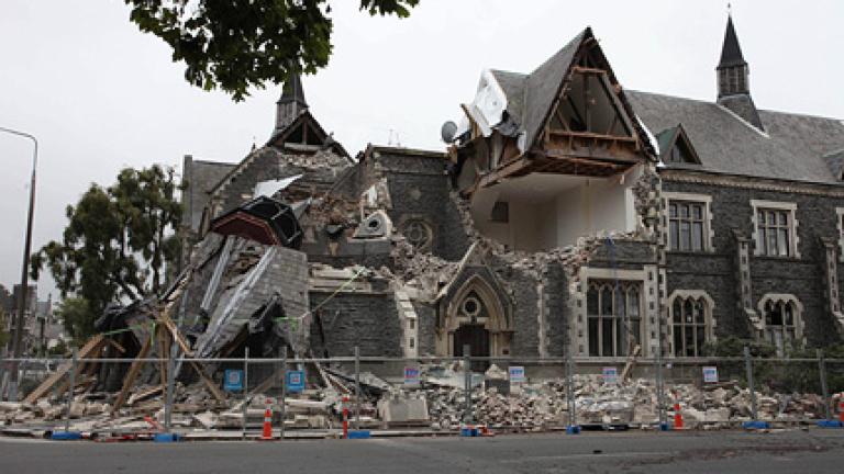 """Резултат с изображение за """"Земетресение с магнитуд 6.3 по Рихтер удря град Крайстчърч"""""""