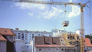 Строителен кран се преобърна в Сливен