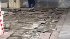 До 2 месеца прокуратурата решава за откраднатите плочки в Карабунар