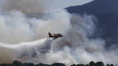 Най-малко двама загинали и 24 ранени в пожарите до Сен Тропе