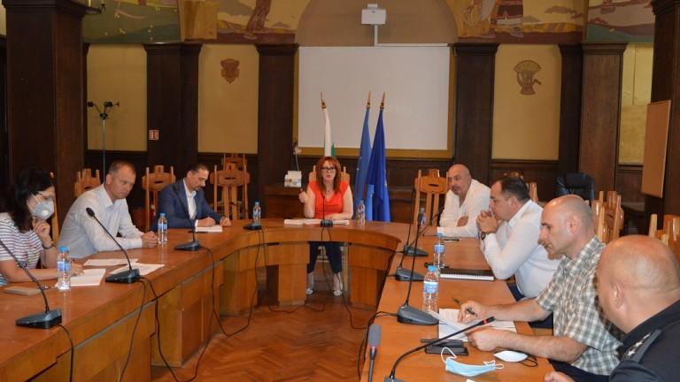 Единни мерки и предложения за справяне с мигрантския натиск в Бургас