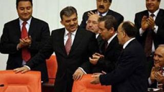 """Турската армия с """"нота"""" към правителството"""