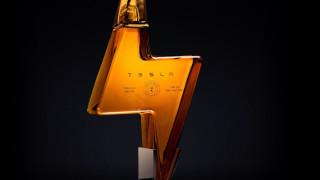 Tesla пусна текила за $250 долара бутилката, която се разпродаде на мига