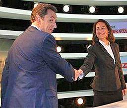 Насилието ще се увеличи ако спечели Саркози, предупреди Роаял