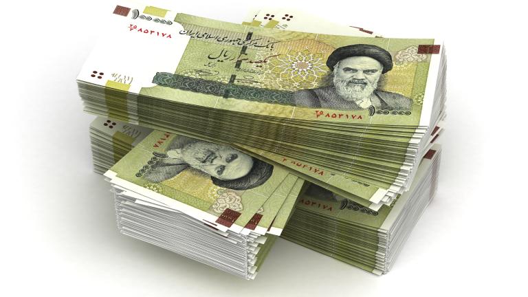 Валутата на Иран потъна рекордно след решението на Тръмп